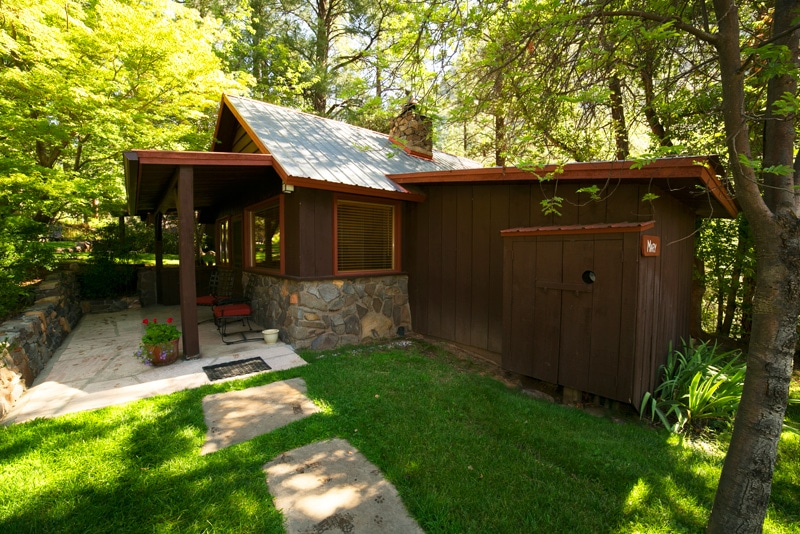 Cabin mary orchard canyon on oak creek for Cabins in oak creek canyon