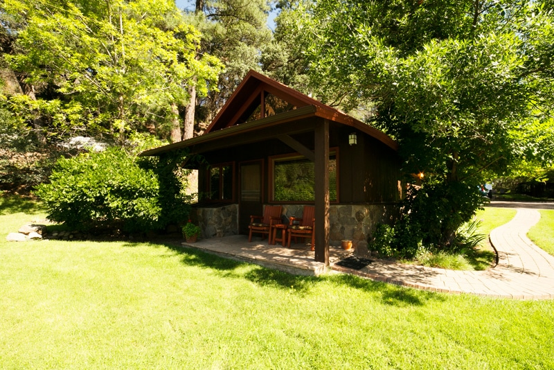 Cabin nora orchard canyon on oak creek for Cabins in oak creek canyon